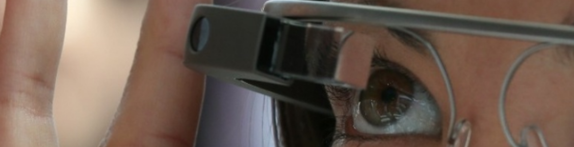 Vers l'interdiction des Google Glass au volant ?